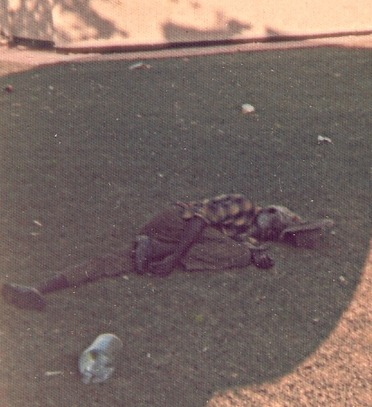 0035 aboriginal in the park