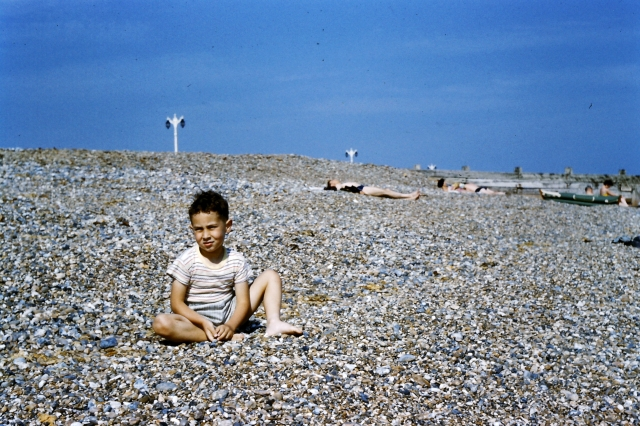1958.65 Worthing Beach,Colin