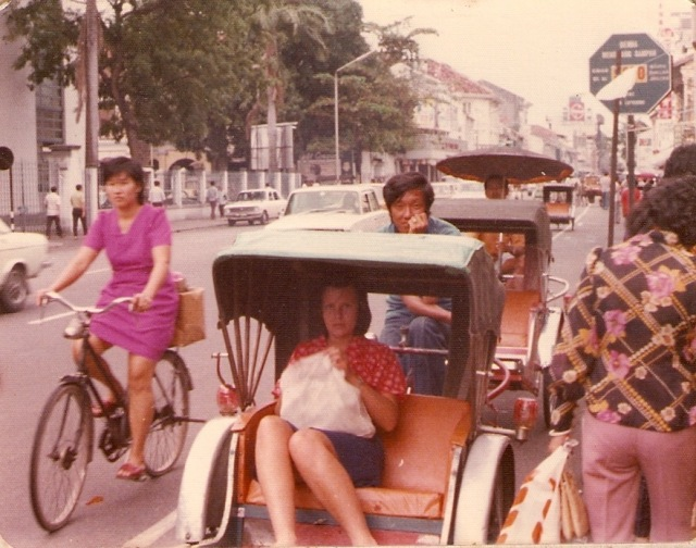 013-glenda-in-rickshaw-georgetown