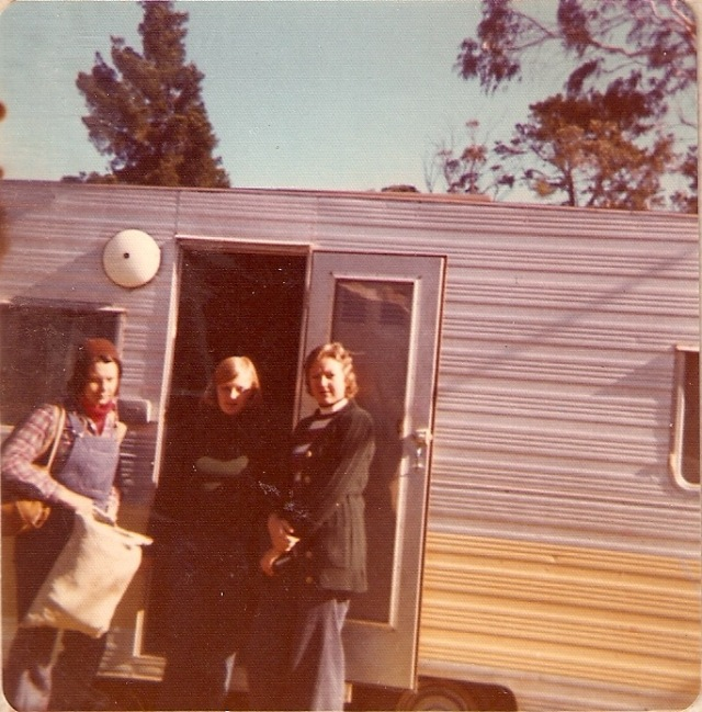042 Glenda, Ann & Penny01